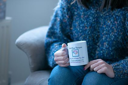 Norwich Hypnotherapist, relax with a cup of tea and discuss how you feel.